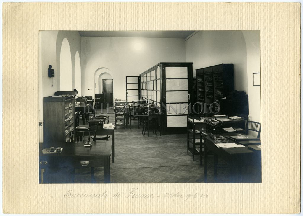 Banca Commerciale Italiana, Fiume branch on 1 Via Mazzini, ca. 1938 (photographer unknown)