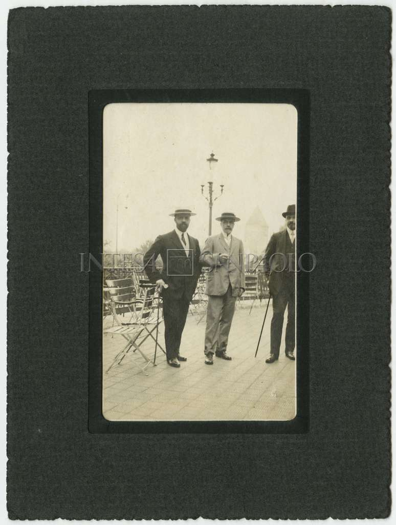Peace negotiations in Ouchy (Lausanne): Bernardino Nogara photographed with Giuseppe Volpi and Pietro Bertolini, 1912 (photographer unknown)